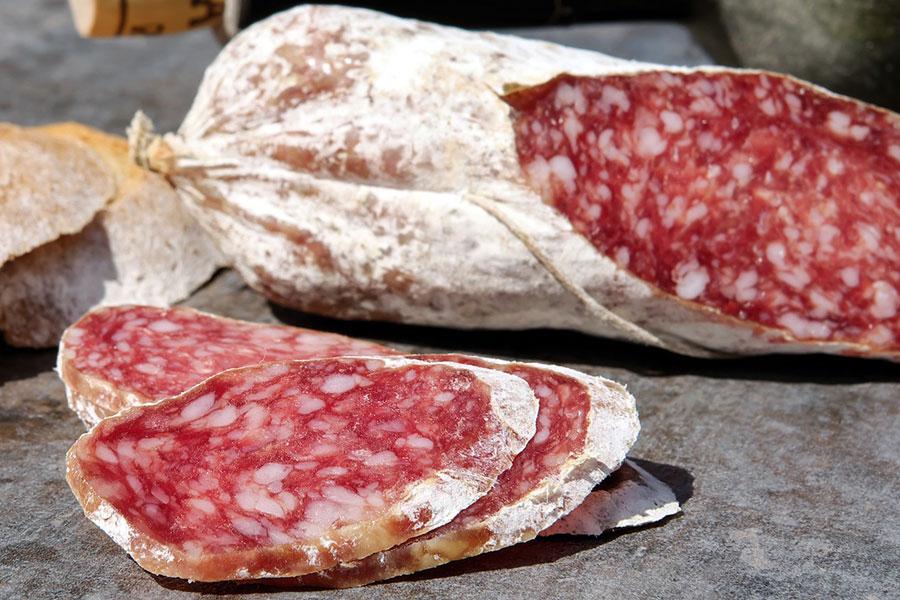 Fleisch und Wurstspezialitäten von Buchmann aus Grünkraut-Gullen